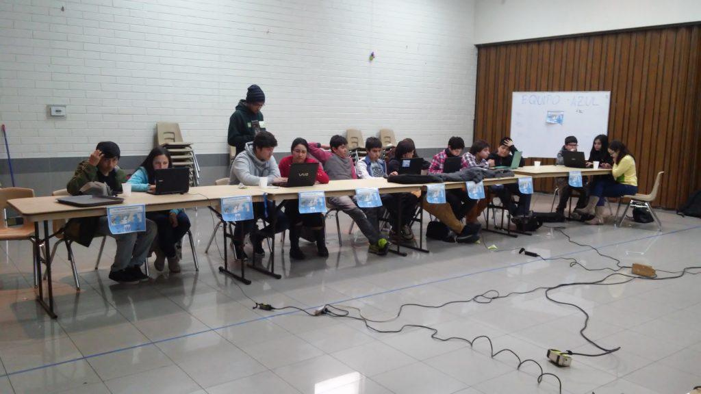Jóvenes de Rancagua participan en jornada de indexación. | El Faro Mormón, Marjorie Fredes Muñoz.